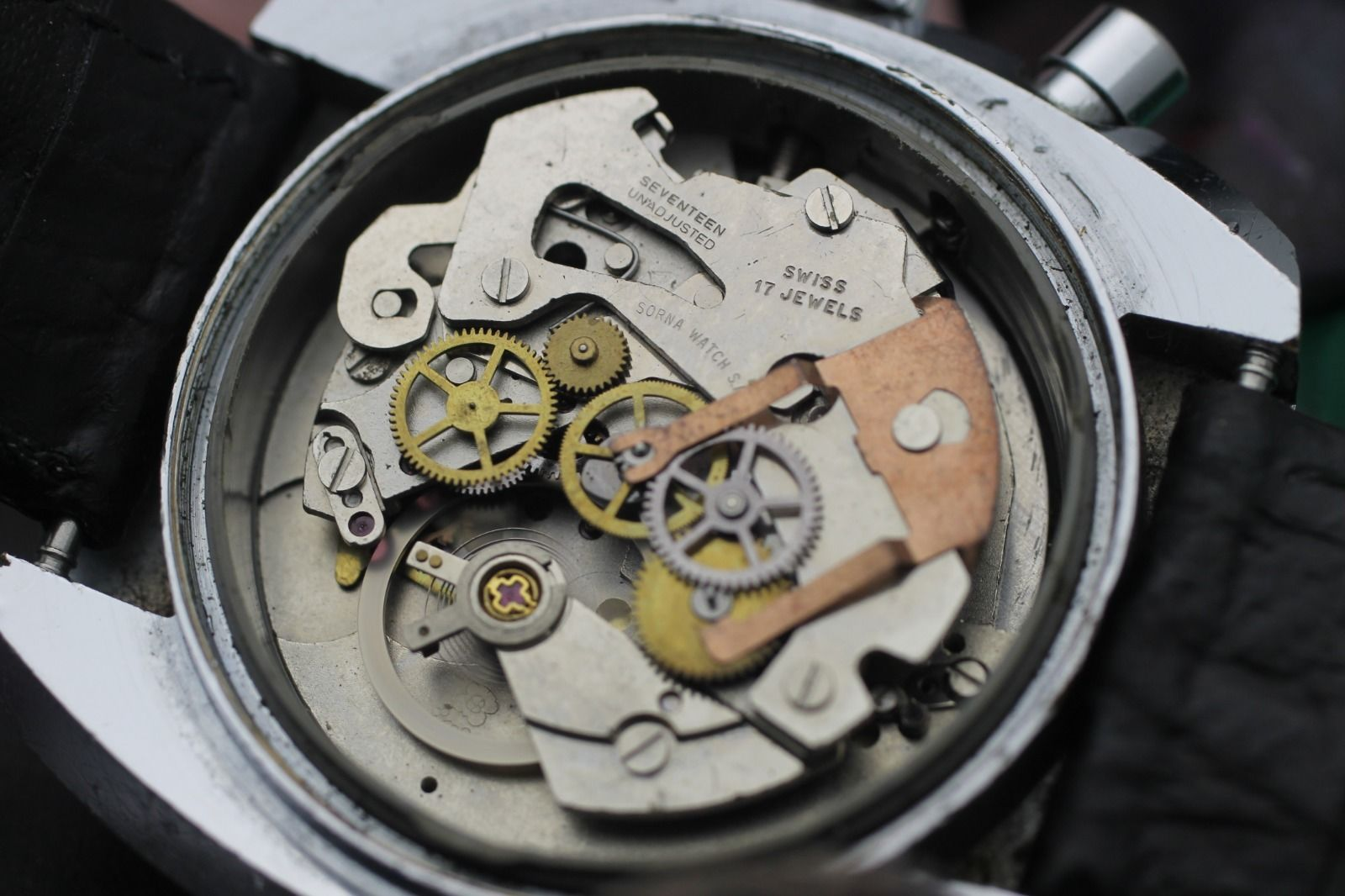 how to clean an vintage watch
