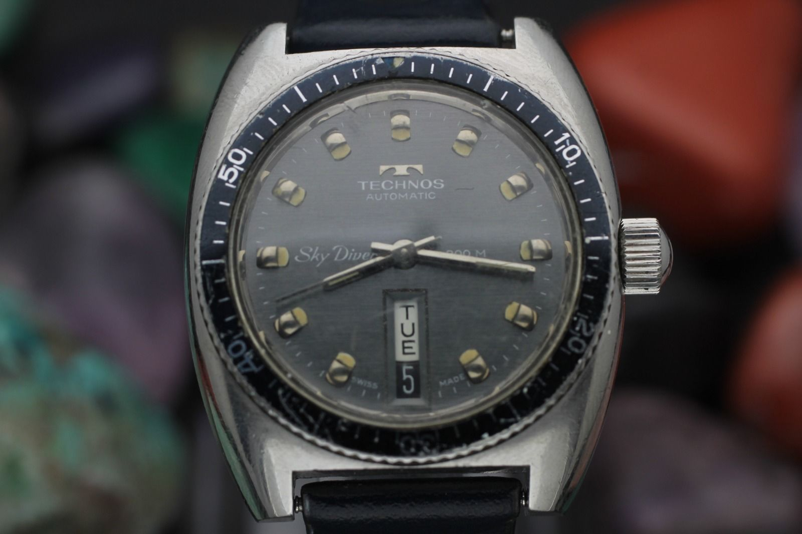 Vintage technos sky diver automatic stainless steel 20 atm men 39 s diver watch ebay for Technos watches