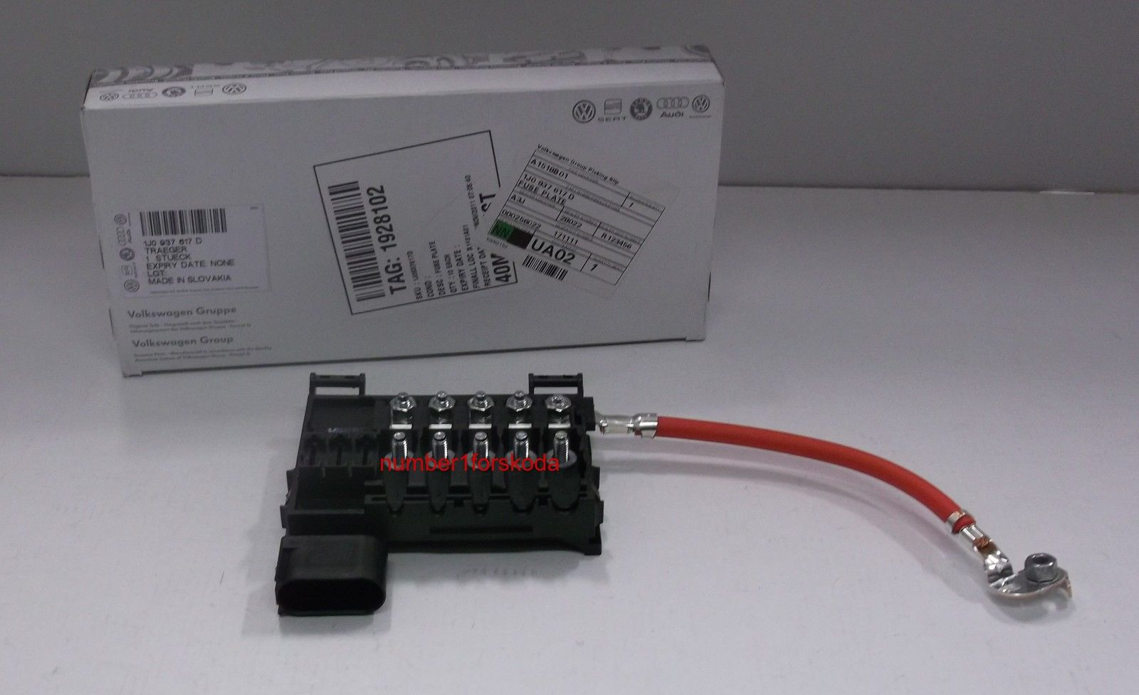 genuine audi a3 battery fuse box 1j0937617d ebay. Black Bedroom Furniture Sets. Home Design Ideas